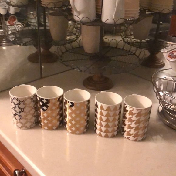 Set Of 5 Gold And White Decorative Coffee Mugs